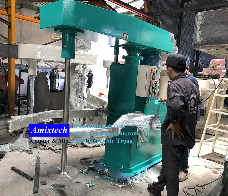 máy khuấy mực in nâng hạ bằng hệ thống thủy lực